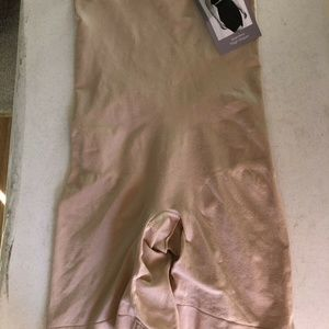 Catherines Intimates thigh shaper - womens 2X, NWT